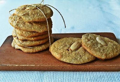 Millet-Almond  cookies with cinnamon