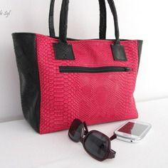 Petit sac cabas en simili cuir dragon fuchsia et noir                                                                                                                                                                                 Plus