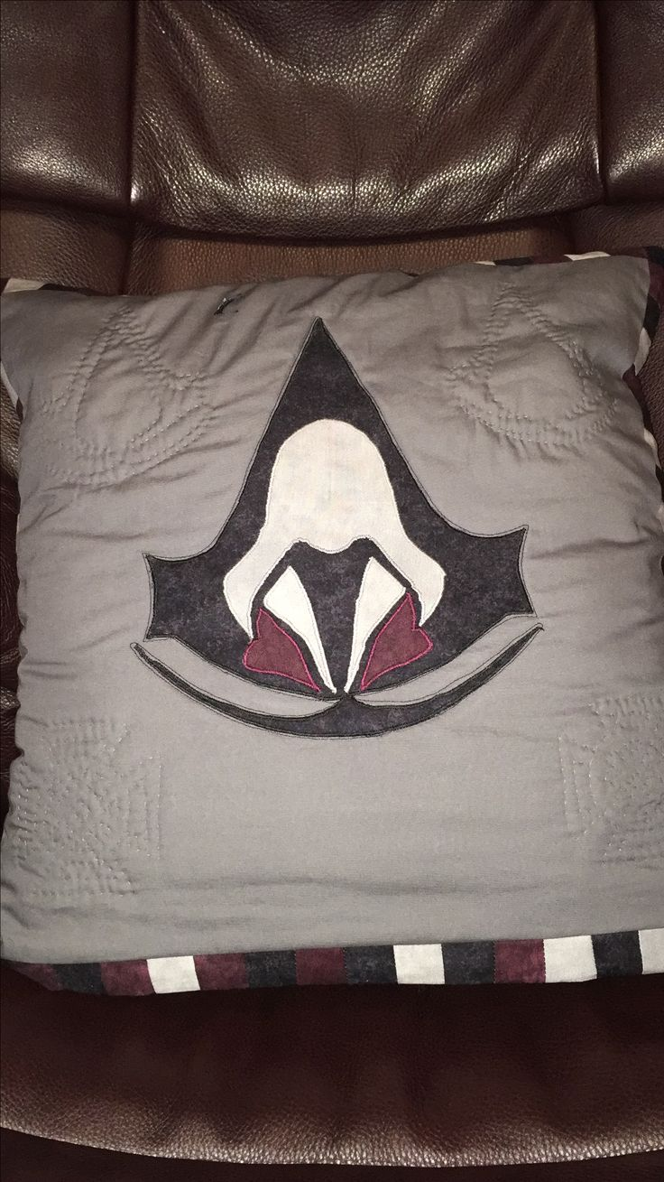 Assassins Creed Quillow