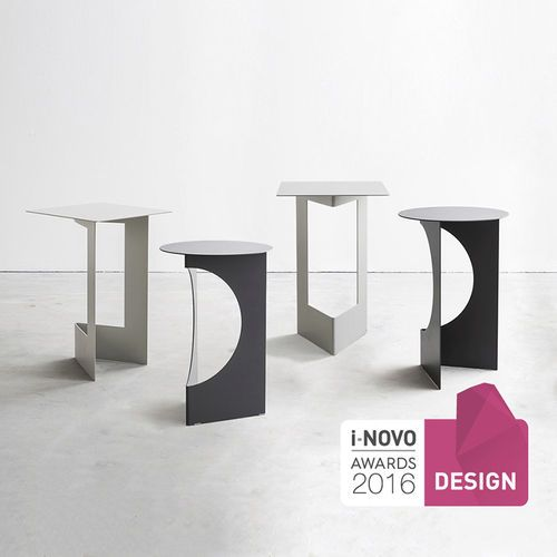 Contemporary side table / painted metal / round / square DUETTO by Tim Kerp PIANCA