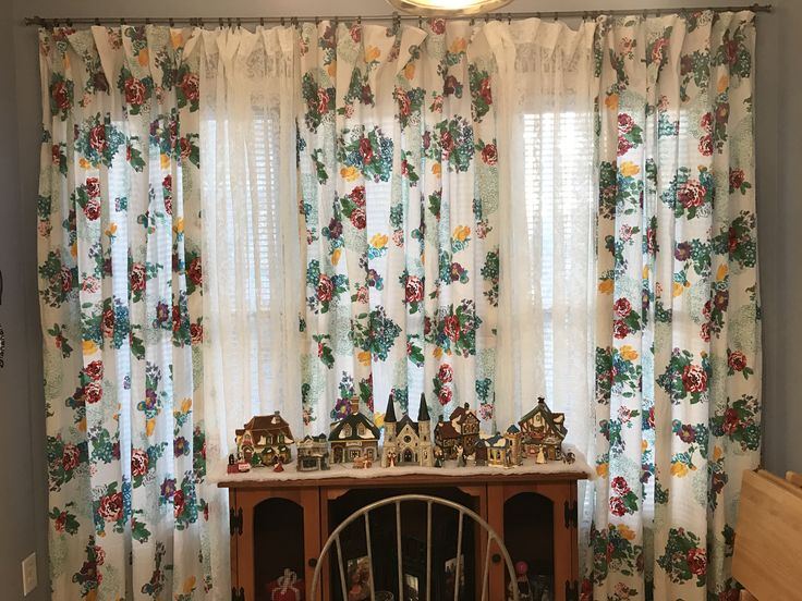 The Pioneer Woman Tablecloths That I Turned Into Curtains