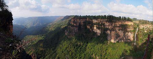 Panorámica de las montañas de Santander desde la Mesa de los Santos P2202507  Pano Mesa de los Santos Mirador del Duende Santander Colombia Vagamundos 2013