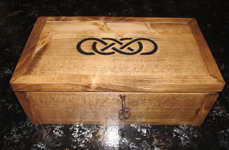 Double Infinity Keepsake Box with Skeleton Key & Picture Frame by LCsWoodtopia on Etsy https://www.etsy.com/listing/157138840/double-infinity-keepsake-box-with