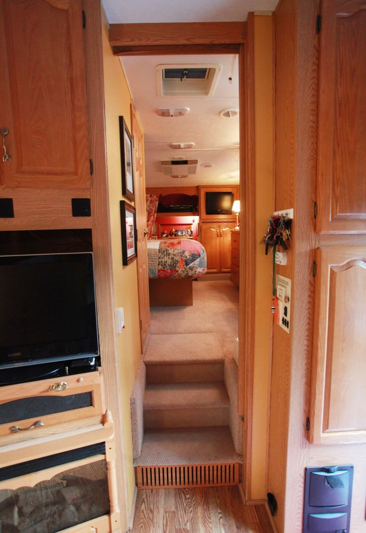 2005 keystone montana fifth wheel for sale bathroom area jpg - 30 Best 5th Wheel Campers Images On Pinterest 5th Wheels Travel Trailers And Campers
