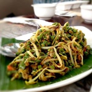 Lawar, Bali - Indonesian Vegetable and Meat Dish
