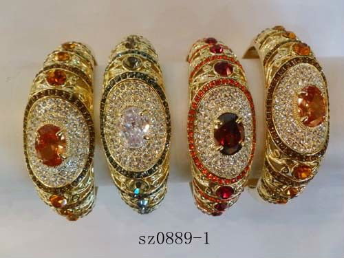 Wholesale Moroccan Jewelry Ladies Suits At Low Prices 22 Carat ...