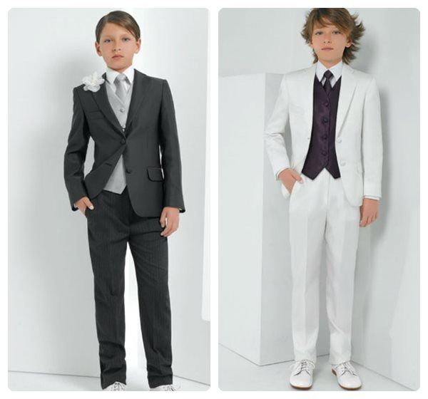 I particularly like the grey suit since it won't get as dirty as the white one.