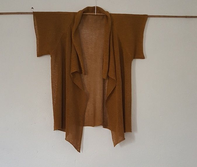 Shawl collar for standard gauge via Sussie Sommerstein Design. Click on the image to see more!
