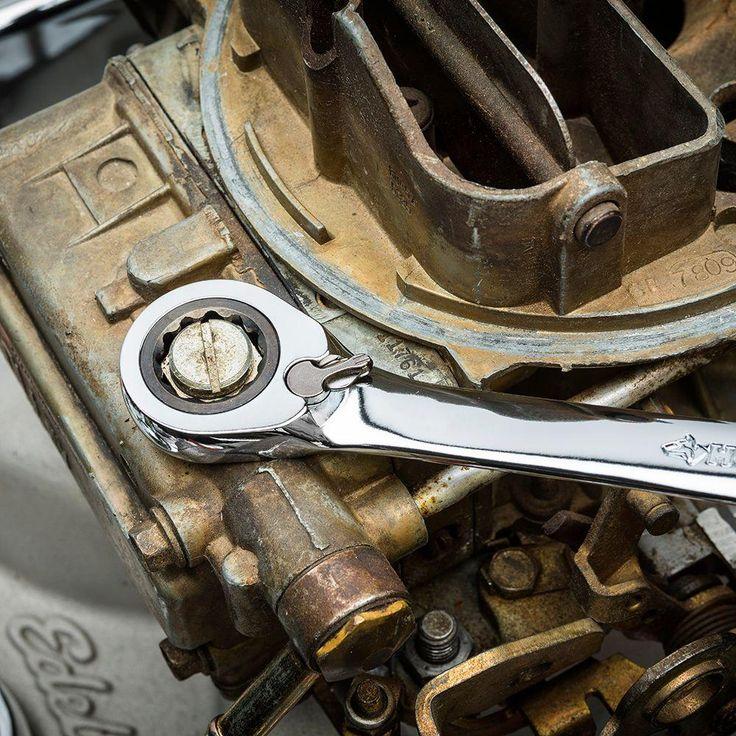 Las llaves reversibles de HUSKY son versátiles y resistentes.
