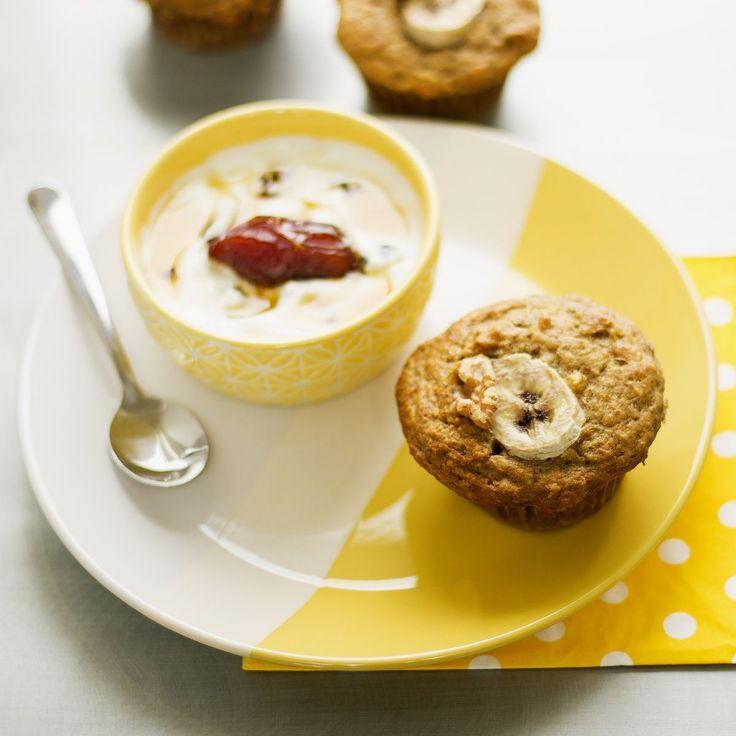 Muffins moelleux yogourt, bananes et noix