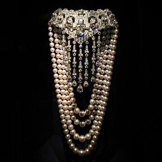A diamond and pearl Necklace by Cartier