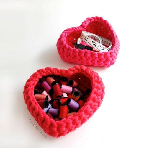 Heart Shaped Storage Baskets Crochet Pattern (Free)