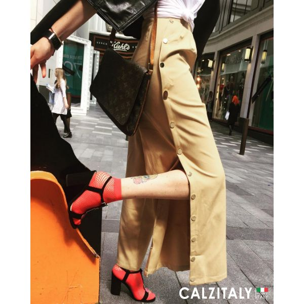 "City Style Tomorrow do not miss the second article of ""Calzitaly Style Week"" to discover many outfit ideas for her. 📷 IG _look_lady #Calzitaly #CalzitalyStyleWeek #MadeinItaly"