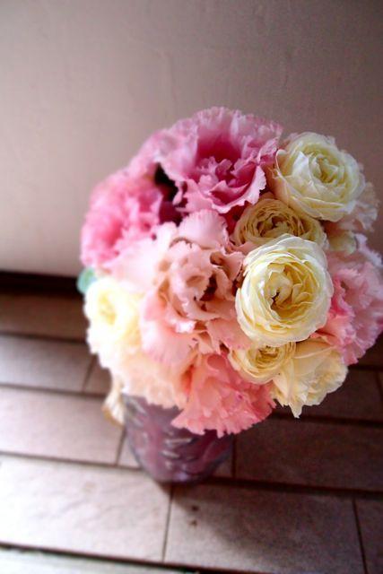 優しい白とピンクのイメージで : 花*ふわわ