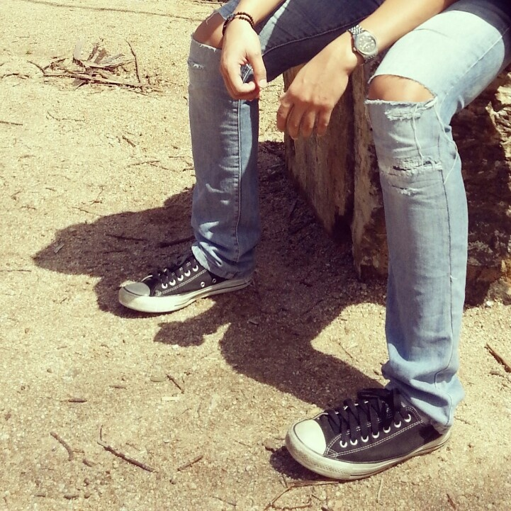 Get lost and converse on