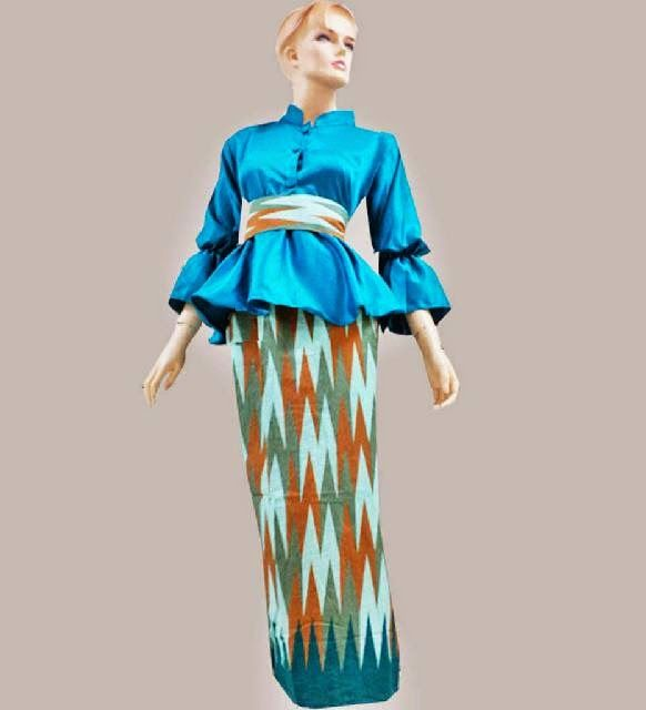8 best rangrang dress images on Pinterest  Blouse Batik dress