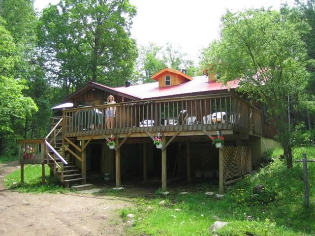 Algonquin Eco-Lodge - a Summer and Winter resort, located just south of Algonquin Park.