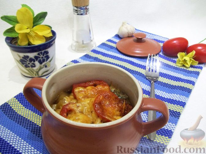 Фото приготовления рецепта: Горшочки под сыром «Рождественские семейные традиции» - шаг №9