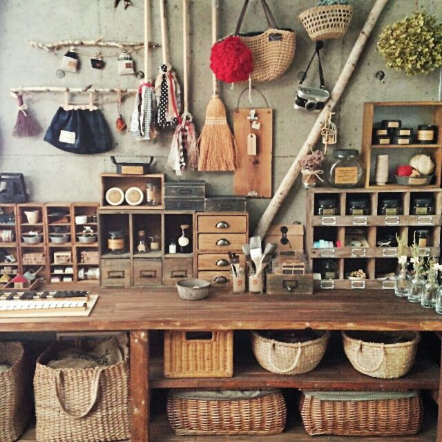 女性で、、家族住まいのセリア/かご/ワトコオイル/白樺の木/手作り/DIY…などについてのインテリア実例を紹介。「模様替え後(o^^o)」(この写真は 2014-01-30 09:16:53 に共有されました)