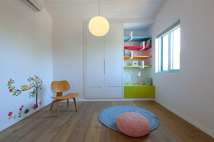 Girls room. By Studio dulu, Israel