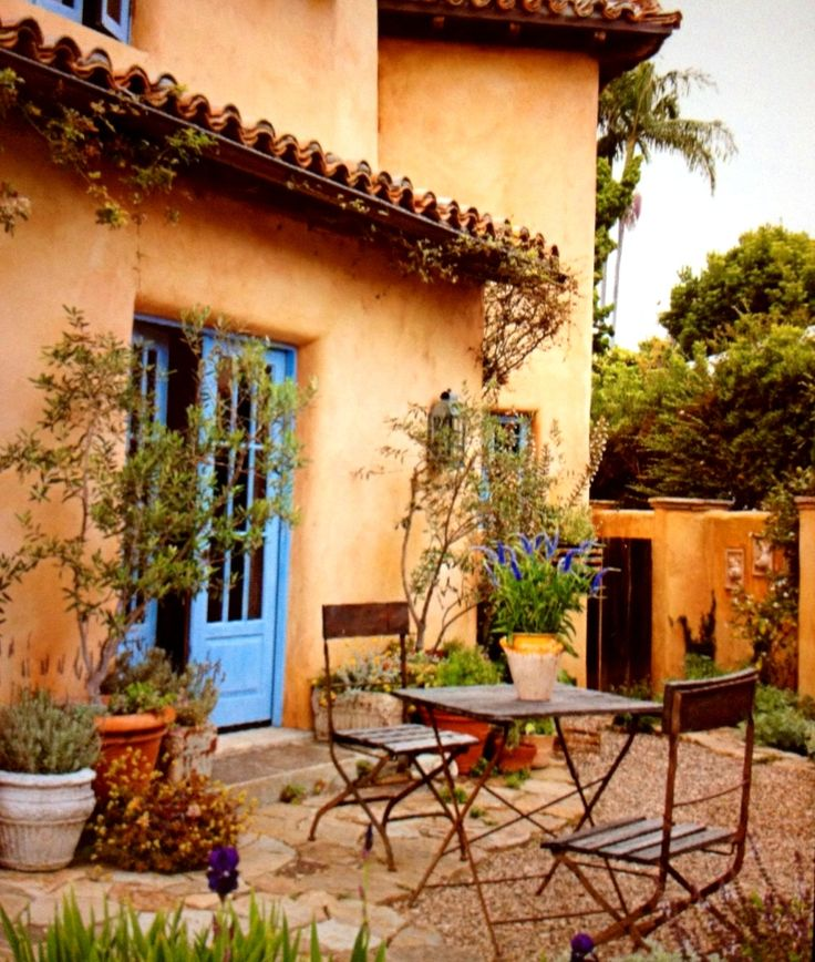 Classic Patio Ideas In Mediterranean Style: Best 25+ Tuscan Style Ideas On Pinterest