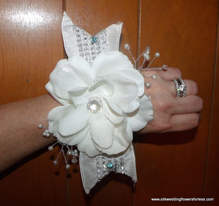 Wedding Flower Costs Estimator: 130 Best Images About Wrist Corsages, Pin On Corsages And