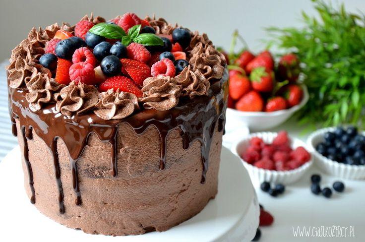 Tort czekoladowy owoce leśne / Chocolate forest fruit cake