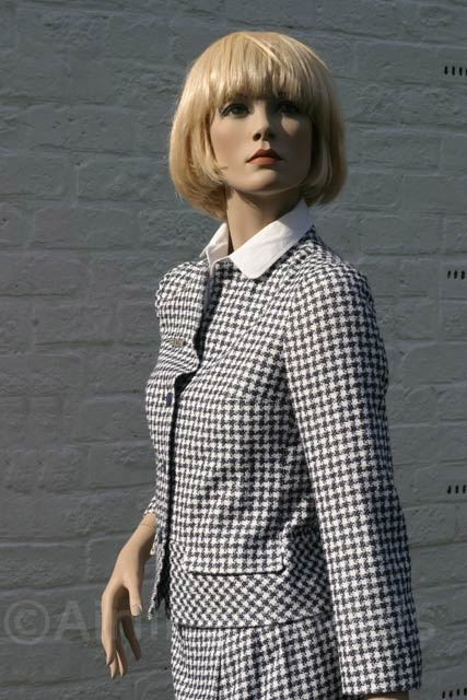CA uniforms for Air France by Carven in 1978. | #Carven | #AirFrance | #1978 | #houndstooth | #uniform
