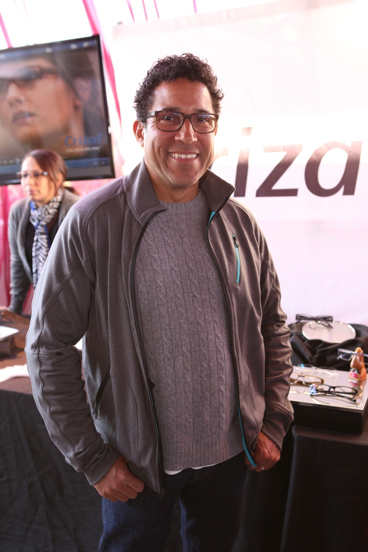 From NBC's The Office, funny man Oscar Nunez still makes us smile in his specs with Crizal UV lenses