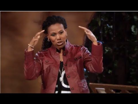 Priscilla Shirer 2016 - Armor of God - Session 3 Breastplate of Righteousness - YouTube