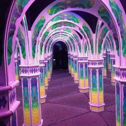 Magowan's Infinite Mirror Maze - San Francisco, CA, United States. That's a mirror...