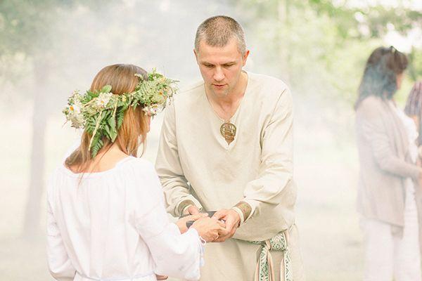 A different wedding on Behance