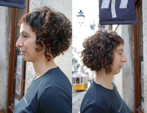 haircut female curly hair
