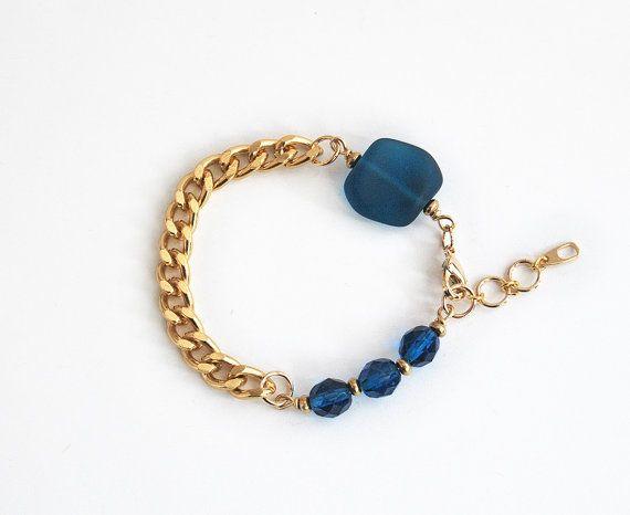Blaugrün Meer Glas Armband mit Perlen klobige von LeiniJewelry