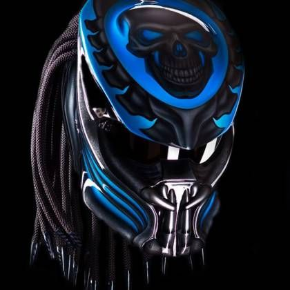 Awesome Predator helmet street fighter style !!!