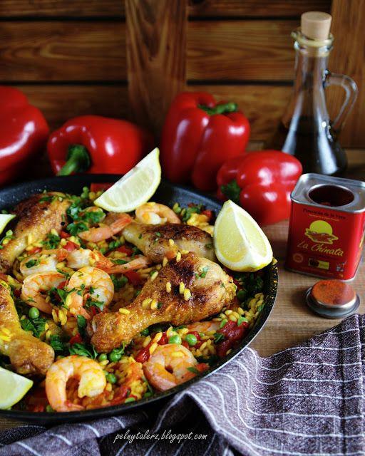 Paella z krewetkami i kurczakiem (Paella de camarones y pollo)