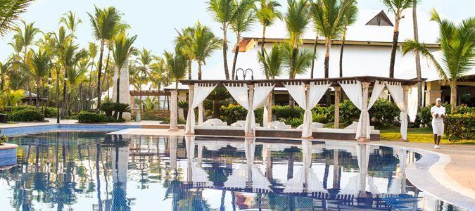 Romantic honeymoon destinations, popular resorts for honeymooners and tips for planning your dream honeymoon.