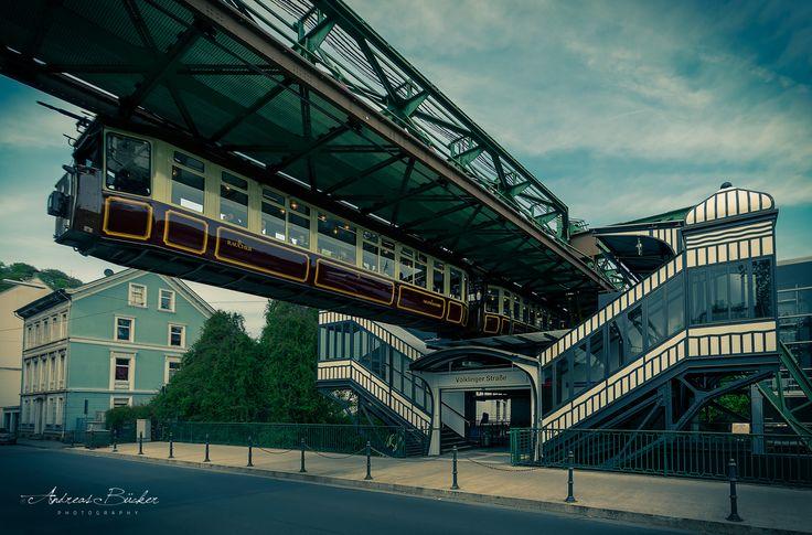 """Fotograf Wuppertal Suspension monorail """"The Kaiserwagen"""" (vintage) von Andreas Bücker auf 500px"""