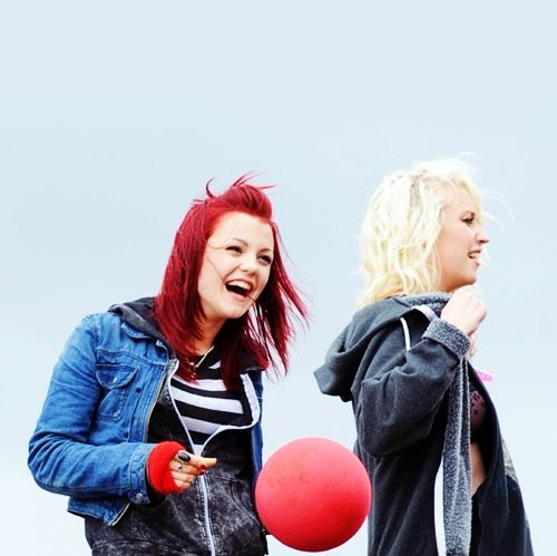 kathryn prescott and lily loveless. cutest picture ever.