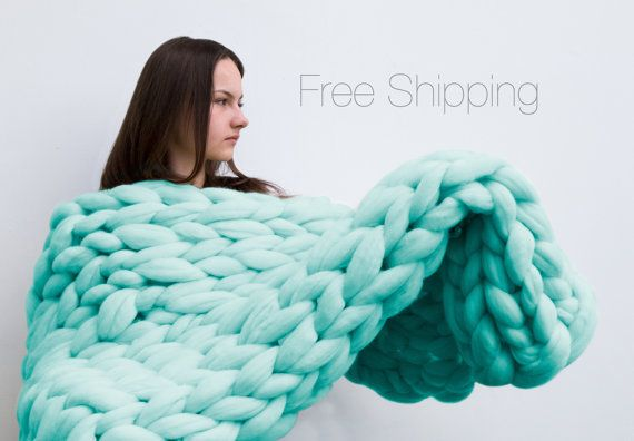summer sale super huge large blanket high quality mega knitting to order chunky knit blanket. Black Bedroom Furniture Sets. Home Design Ideas