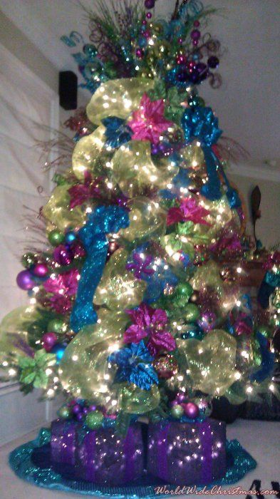 57 best images about h christmas bright on pinterest - Pink and blue christmas tree ...