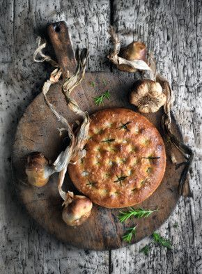 SMOKED GARLIC FOCACCIA (SUMMER)  Recipe from Kew on a Plate with Raymond Blanc.  - See more at: http://www.raymondblanc.com/recipes/smoked-garlic-focaccia/#sthash.qJcxmU5I.dpuf