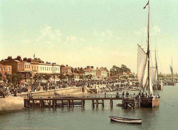 http://www.oldukphotos.com/graphics/England%20Photos/Essex,%20Southend,%20The%20Cart%20Parade.jpg