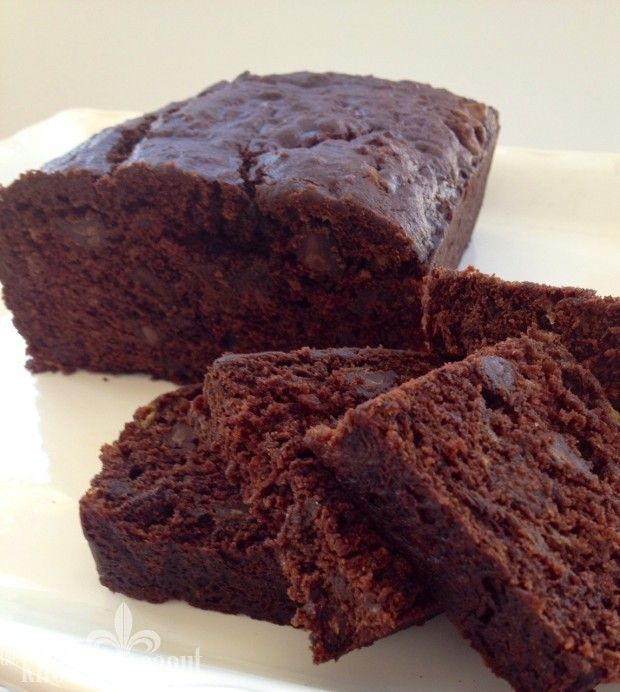 Double Chocolate Loaf Cake - a dense, moist adaptation of Smitten Kitchen's banana chocolate cake.