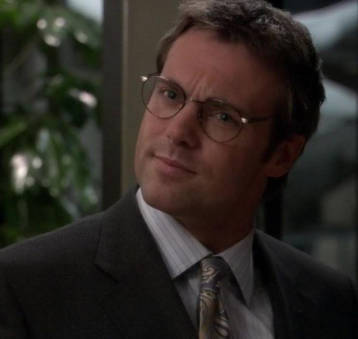 Dr Daniel Jackson - beautiful even in a suit.