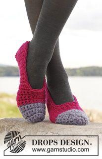 """Piqué - Crochet DROPS slippers in """"Eskimo"""". - Free pattern by DROPS Design"""