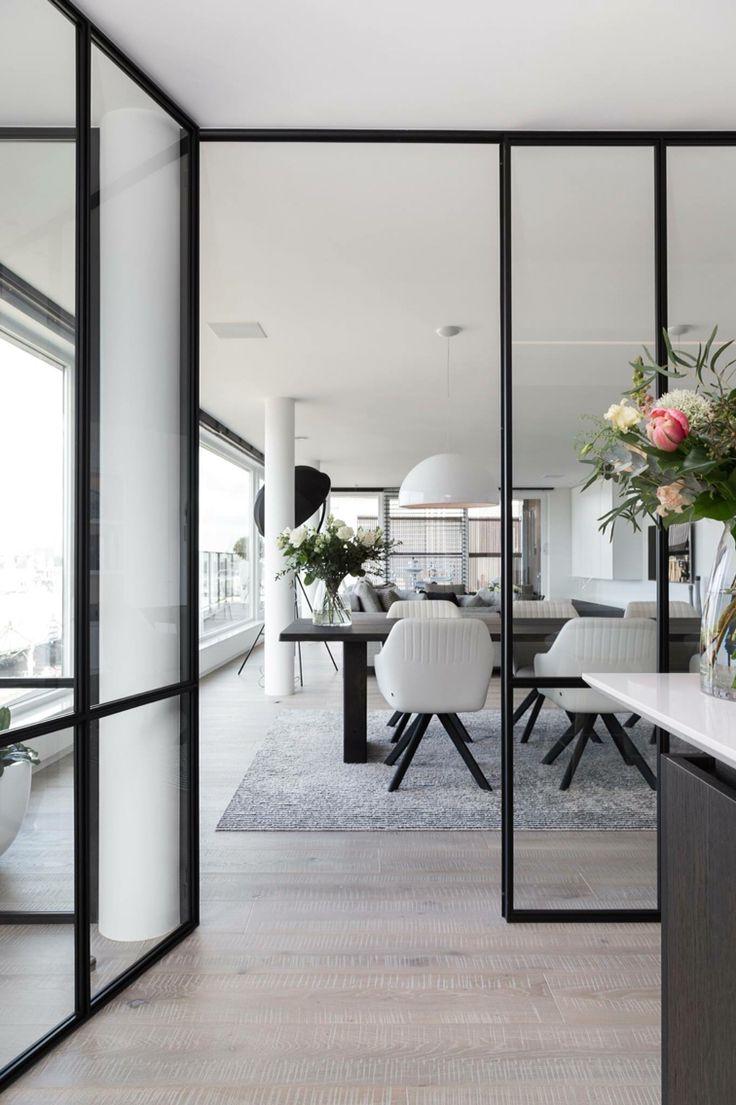 25 beste idee n over metalen deuren op pinterest metalen plafond rustieke industri le - Rustieke eetkamer decoratie ...