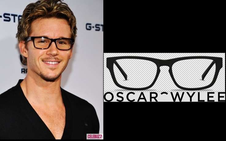 Ryan Kwanten got some spectacular specs on. If you like that look you can get similar glasses at www.oscarwylee.com.au - The model is called Carnegie. (picture is from www.celebuzz.com)