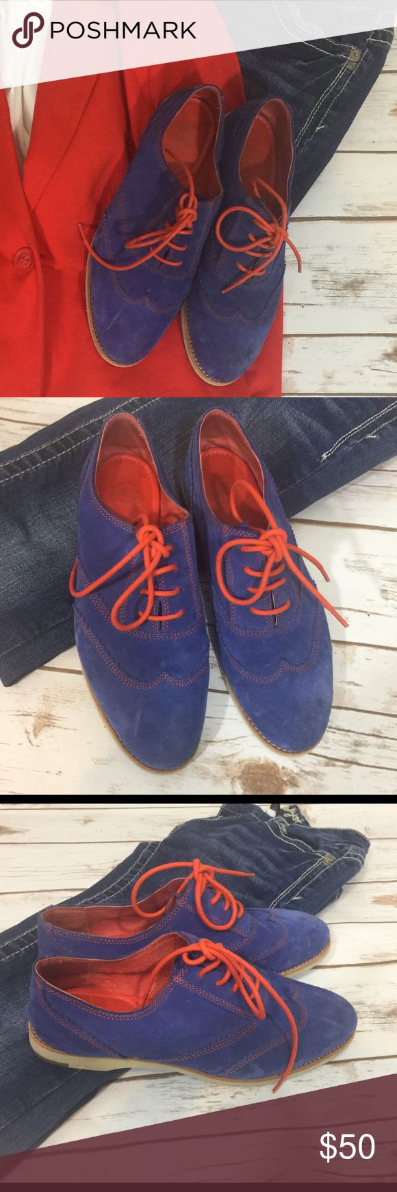 Johnston and Murphy women's oxfords Stunning blue suede shoes by Johnston and Murphy- real leather! Johnston and Murphy is a staple in men's fashion, known for their high quality shoes. These bad boys are SO comfortable, and a fun way to dress up your business casual :) Royal blue and Orange.... not for broncos haters ;) Great condition, especially if you can maintain with a suede/nubuck care kit! ❤️❤️❤️ Johnston & Murphy Shoes Flats & Loafers