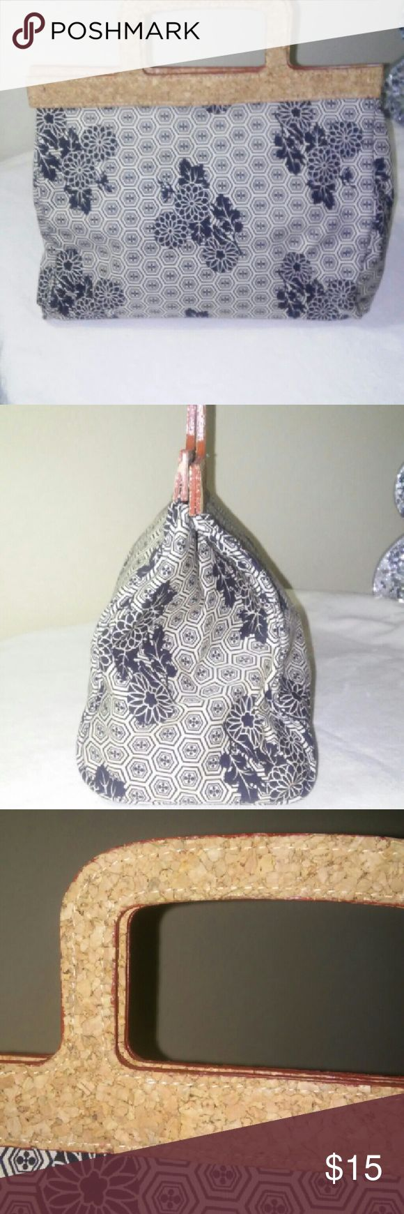 """Old Navy Purse with Cork Trim Black and beige flower print with cork trim/handle. Magnetic clasp. Approx. 5""""x7""""x10"""" Old Navy Bags Mini Bags"""